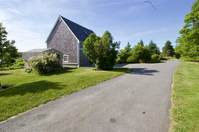 106 Crouchers Point Road