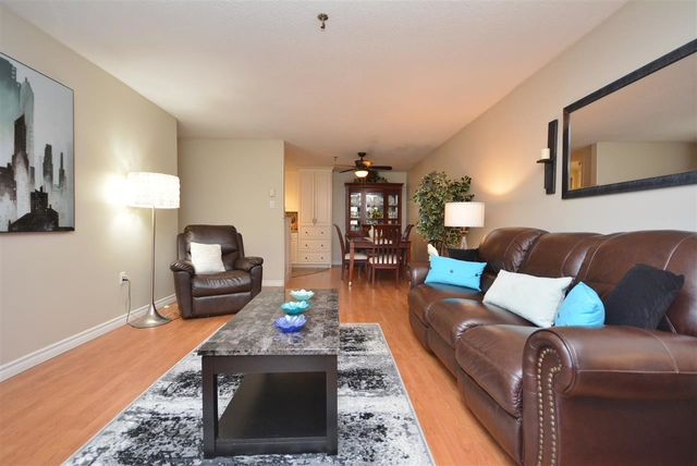 105 7 Forest Hills Parkway
