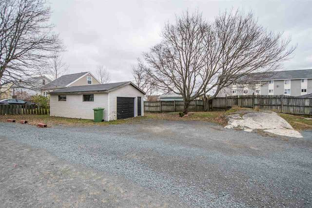 1537 St. Margaret's Bay Road