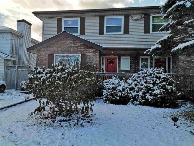 6 Red Maple Drive