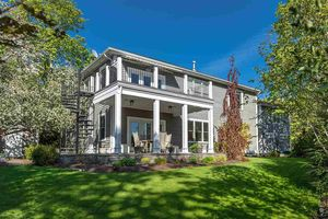 5851 Point Pleasant Drive (MLS 201713493)