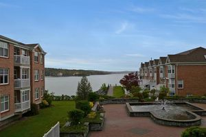 201 50 Waterfront Drive, Bedford (MLS 201812378)