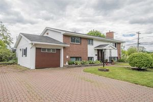 1 Redbank Road, Bedford (MLS 201814292)