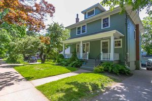 1728 Cambridge Street (MLS 201814691)