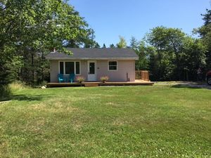 56 Club Road (MLS 201815134)