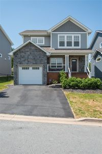 133 Hollyhock Way, Bedford (MLS 201817567)