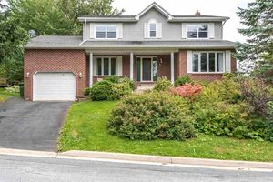 50 Ambercrest Drive, Bedford (MLS 201822151)