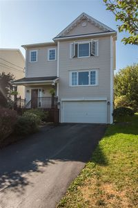 14 Stone Hill Place (MLS 201822762)