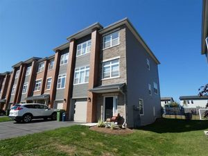 283 Amesbury Gate (MLS 201822820)