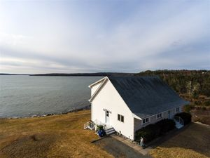 15404 Highway 7, East Ship Harbour (MLS 201824699)