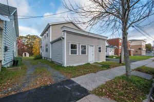 23 Albro Lake Road, Dartmouth (MLS 201825936)