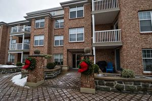 201 40 Waterfront Drive, Bedford (MLS 201900633)