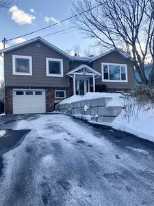 40 Sunrise Hill, Bedford (MLS 201904387)
