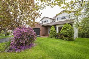 206 Acadia Mill Drive, Bedford (MLS 201912964)