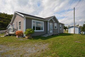 833 Terence Bay Road, Terence Bay (MLS 201915867)