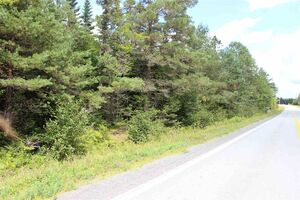 Lot Highway 236, Kennetcook
