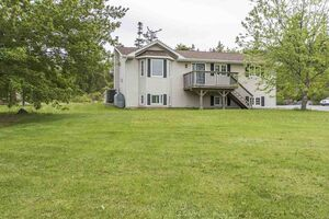 1714 Myra Road, Porters Lake