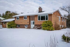 65 Hebb Drive, Lawrencetown
