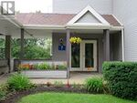 206 7 Forest Hills Parkway (202024077)